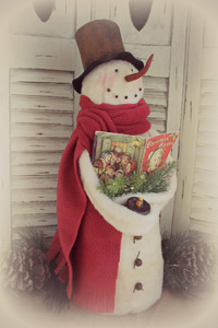 904 Caroling Snowman